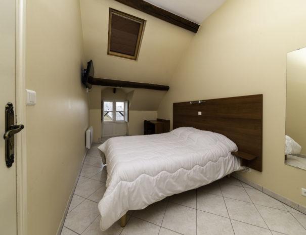 bedroom02003